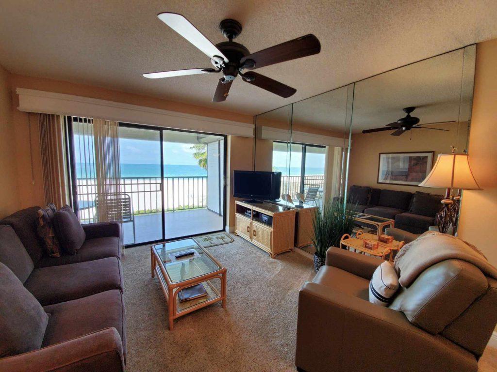 Room 402 living room